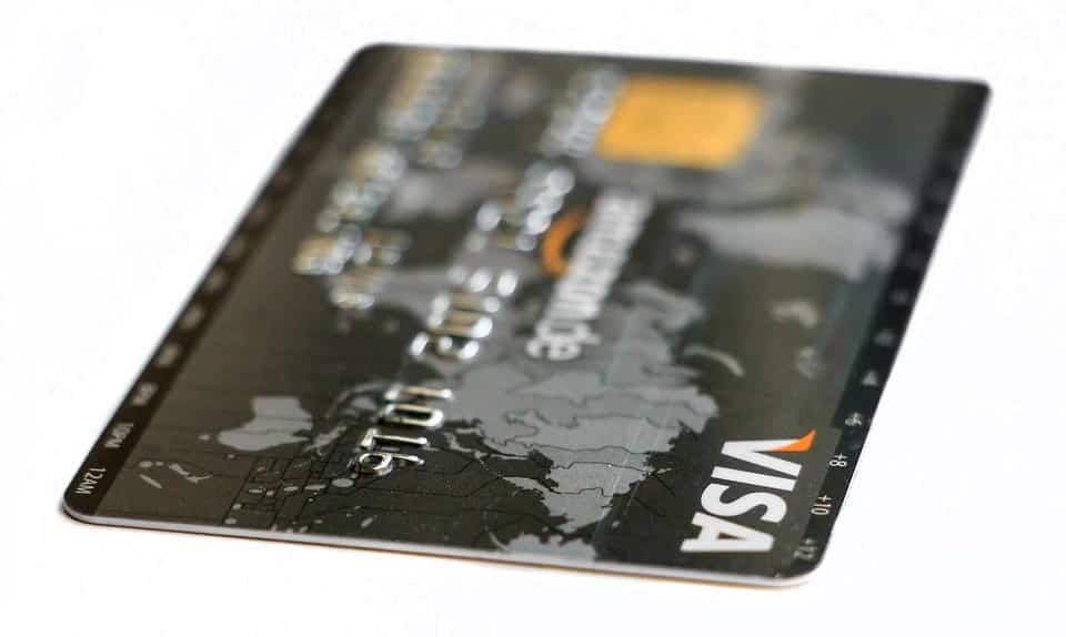 Visa speelt in op overstap van 'plastic' naar digitaal