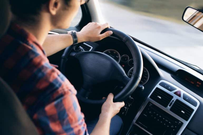 Te veel betalen voor de autoverzekering: we doen het nog steeds!